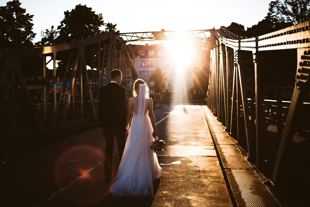 Als Hochzeitsfotograf Köln waren wir auf einer Hochzeit in Köln im Rheinauhafen!